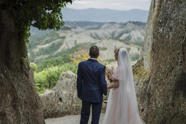 civita di bagnregio weddings